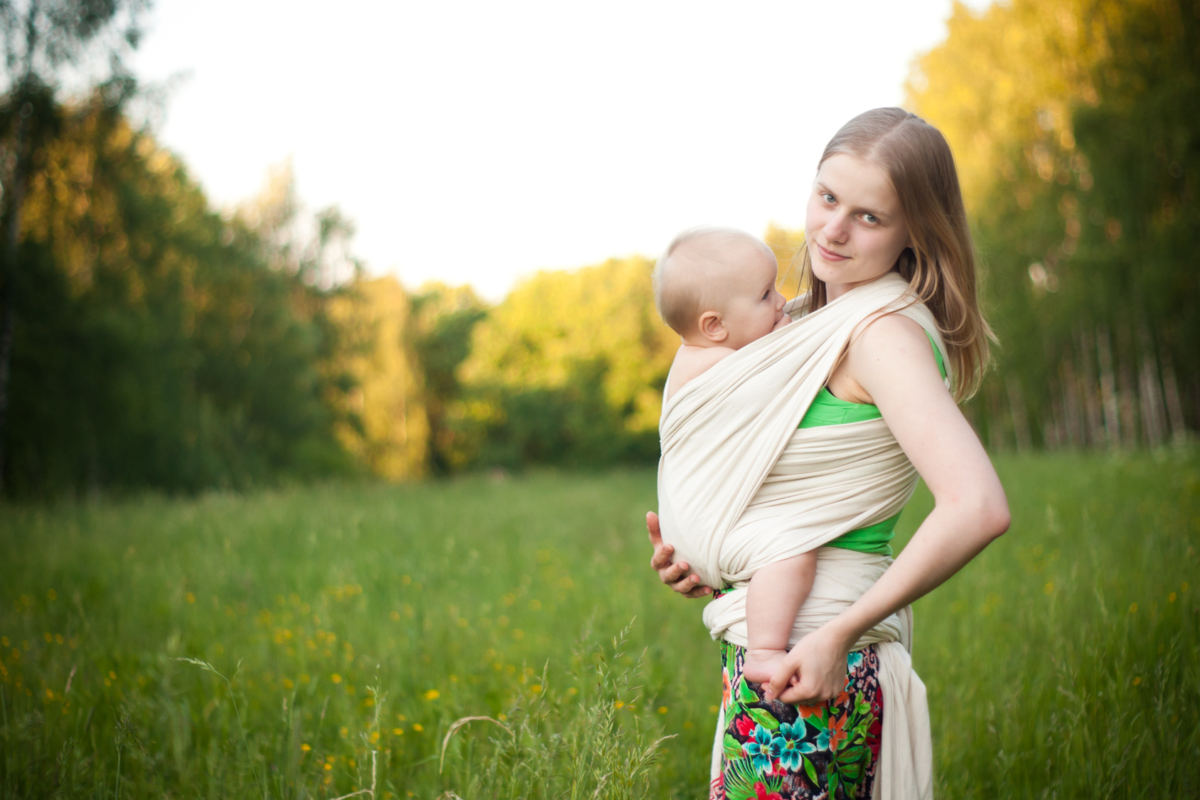 Babywearing safety; baby wearing safety